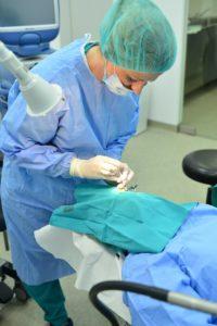 Davanje injekcije u oko - Anti-VEGF
