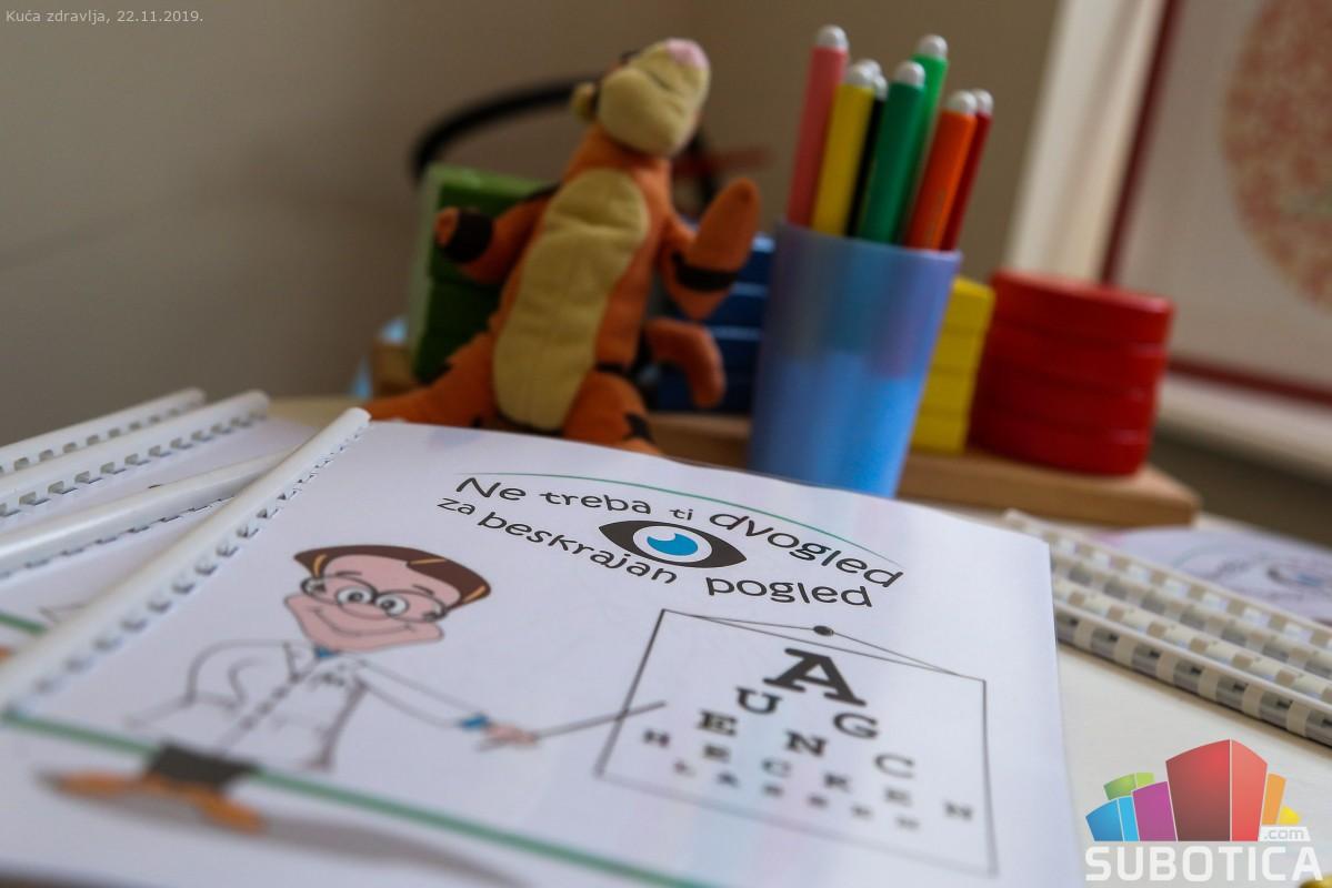 Ingyenes szemvizsgálat a gyermekek világnapja alkalmából
